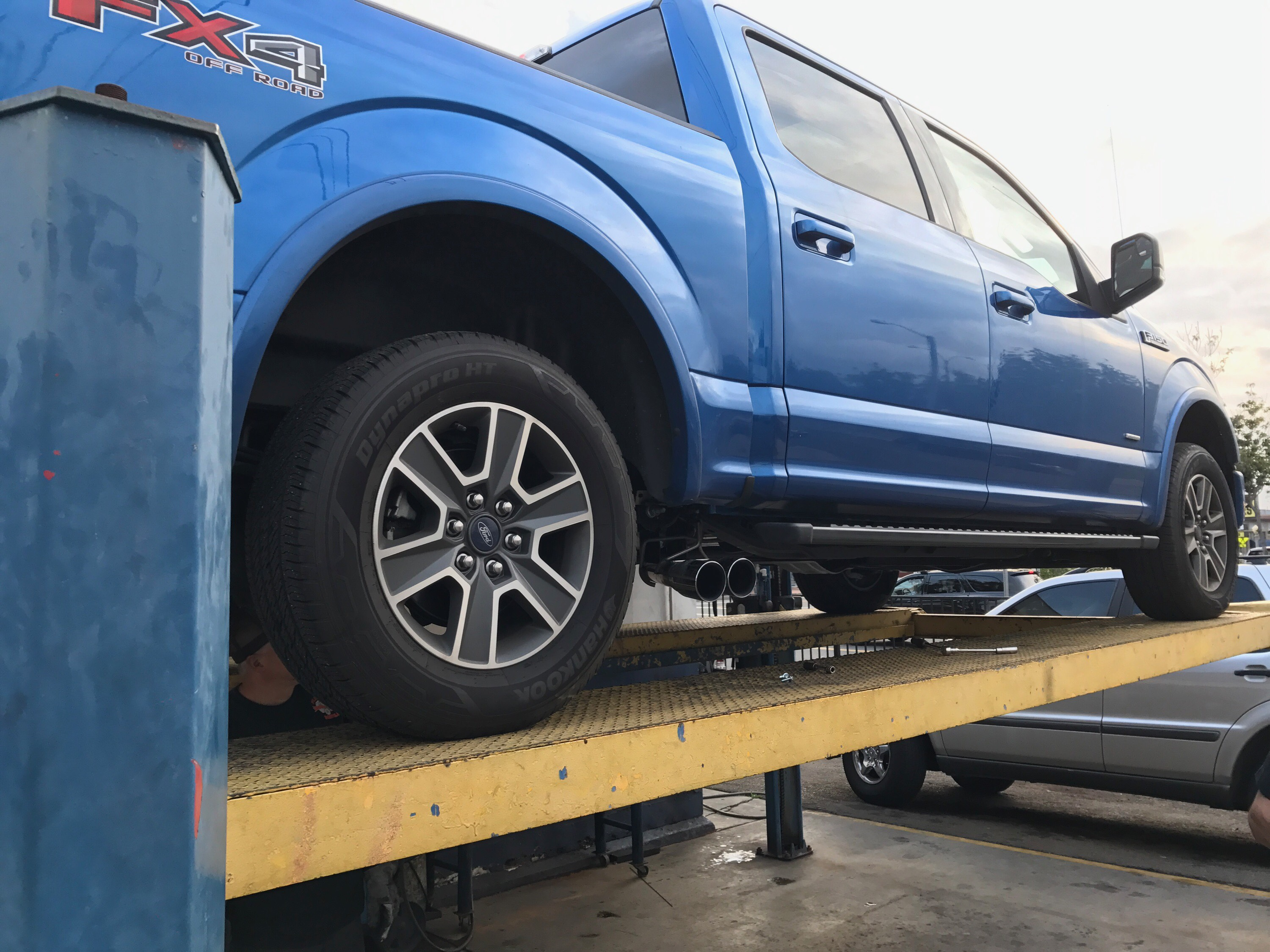 Ford F150 nascar exhaust